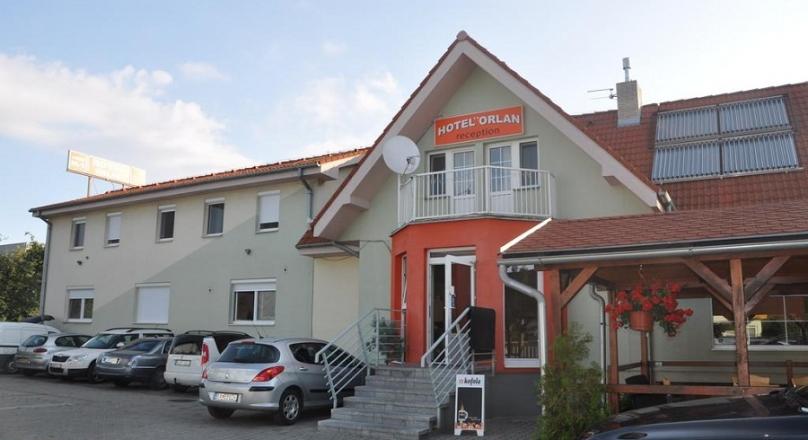 Hotel Orlan **